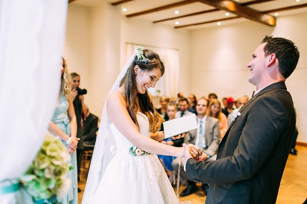 Das persönliche Eheversprechen bei einer freien Trauung im Umland von München